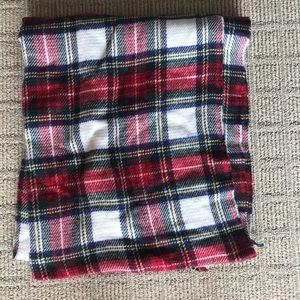 BRAND NEW tartan blanket scarf